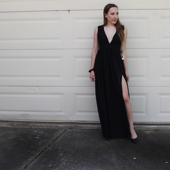 8a5584ee8767f Lulu's Dresses | Lulus Heavenly Hues Size S Black Dress | Poshmark